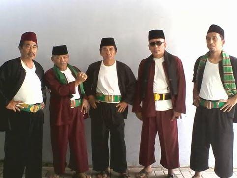 Sarung dan Jagoan Maen Pukulan Betawi